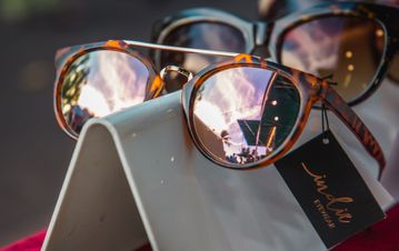 Sunnies With Style